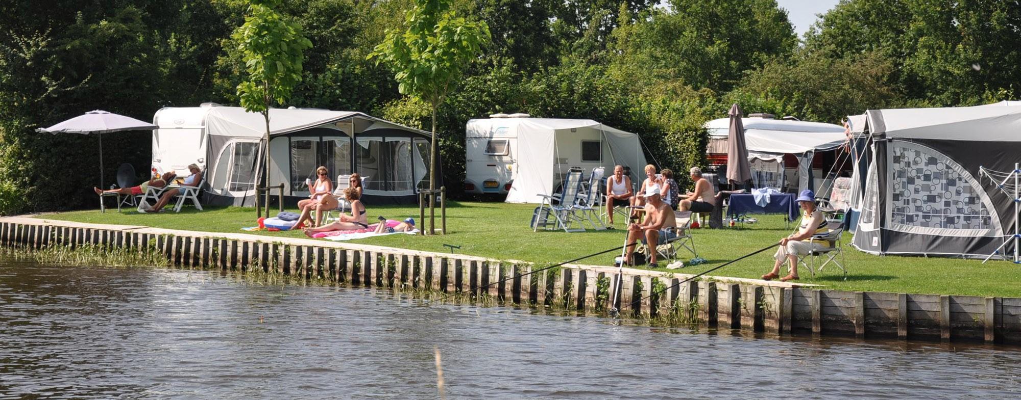 Camping aan het water in Friesland